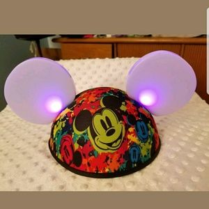 Disney Parks LED Mickey Mouse Ears Hat Light Up